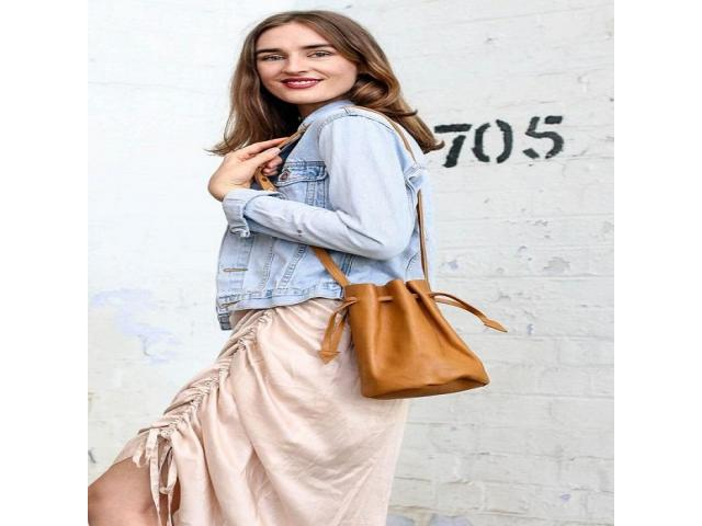 Browsing for Wholesale Leather Bags? - 2