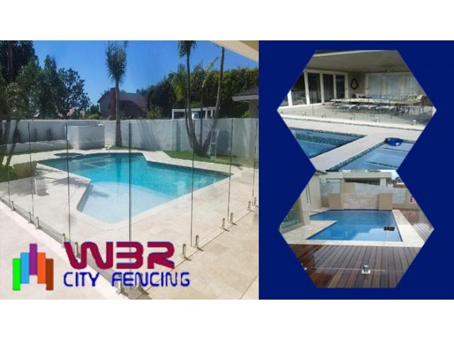Approach a reliable glass fencing contractor to get durable fencing materials - 2
