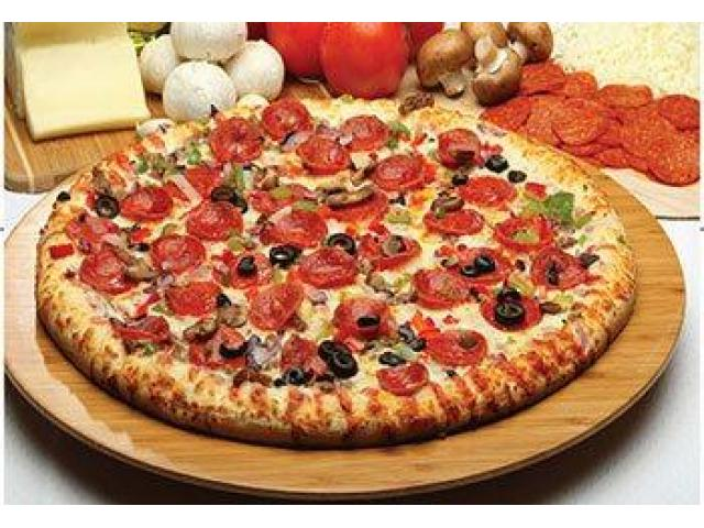 Enjoy Delicious Italian, Pizza Dishes @ Donini's Pizza-West End - get 5% off - 4