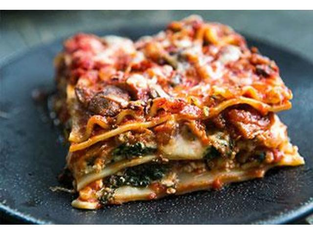 Try mouth-watering Pizza Dishes with 5% off @ Zappi's Pizzeria Cafe - 2