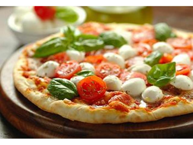 Get Yummy Pizza dishes @ Euro Pizza - 5% off - 1