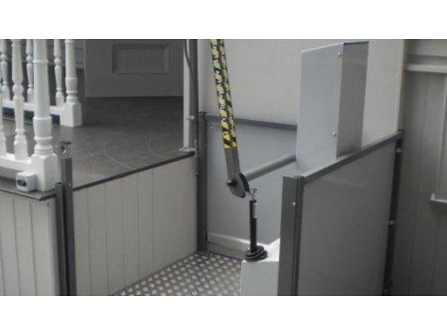 Get Low Rise Platform Lift for Residential and Commercial Needs - 1
