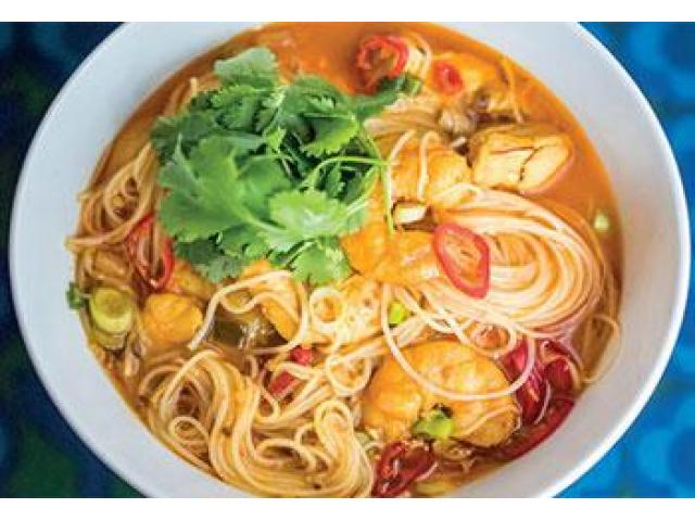 Try mouth-watering Thai Dishes get 5% off @ Mae Moon Thai Restaurant - 1