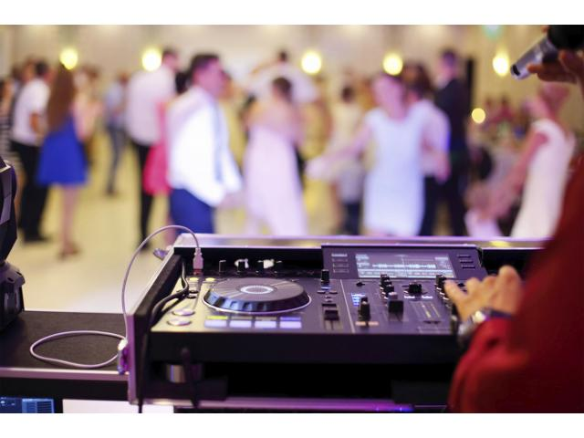 Only Committed to Professional Lighting and Audio System Hire Service - 2