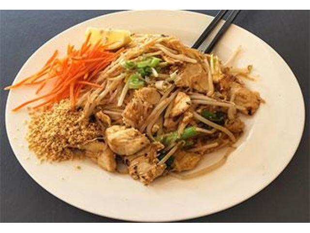 Try mouth-watering Thai Dishes with 15% off @ Ladda's the Thai Takeaway - 4