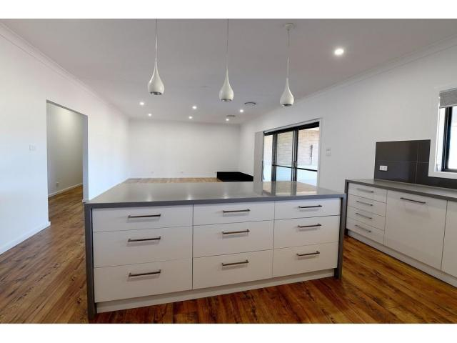 Commercial Builder to Help You in Creating Commercial Building - 4