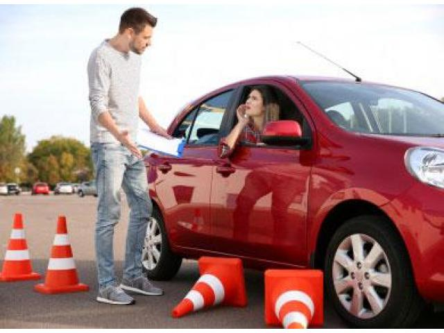 Experienced Driving Instructor in Sydney - 1