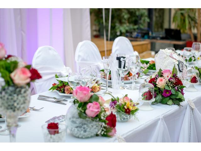 Wedding hire package perth for Au jardin wedding package