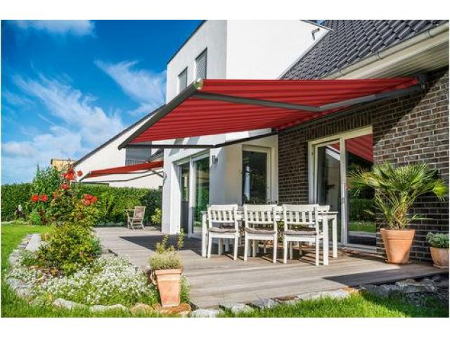 Electric & Motorized Retractable Awnings - 7