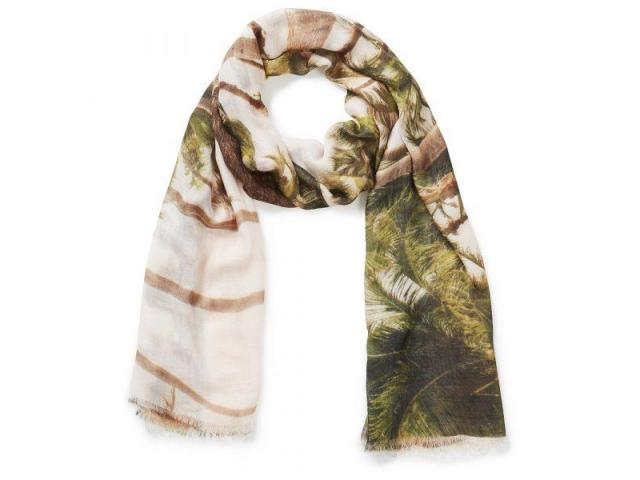 Bring Home Elegance with Our Women's Scarves in Australia - 4