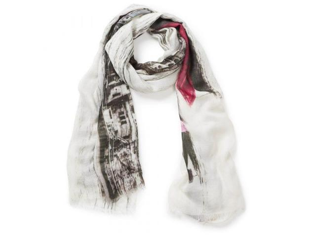 Bring Home Elegance with Our Women's Scarves in Australia - 7