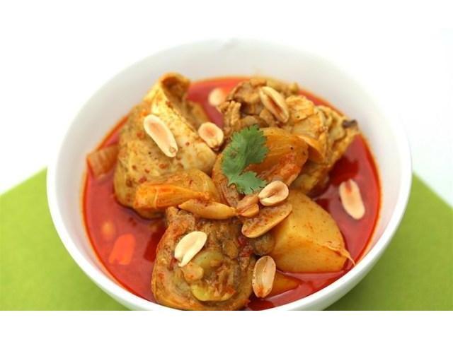 Scrumptious Thai foods @ The Royal Thai Hut - Get 5% OFF, Use Code: OZ05 - 2