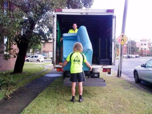 Perks of Hiring One of the Best Sydney Furniture Removalists - 2