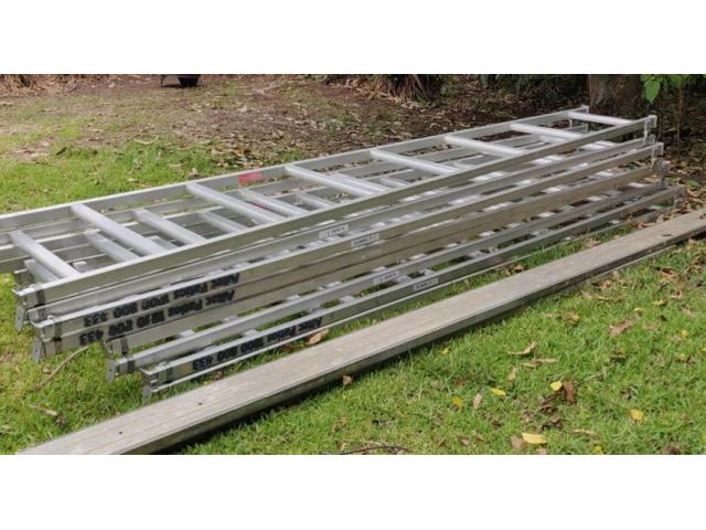 Trestles and Planks Item (each)$15/Day$30/Week 4.5m - 1