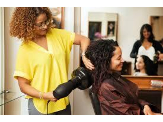 Choose the Best Hair Salon Deals Online - 1
