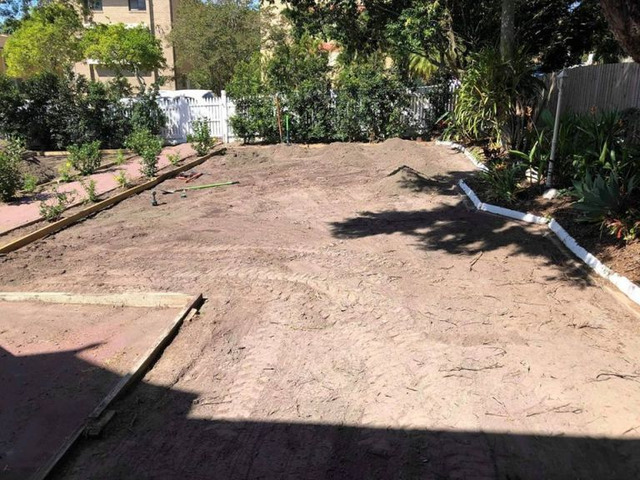 Lawn Front ReTurfing Services - Rogers Little Loaders. - 5