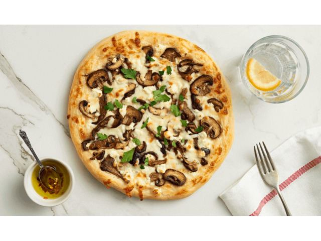 15% Off - Muncheez Wood Fired Pizza takeaway Reservoir,VIC - 2