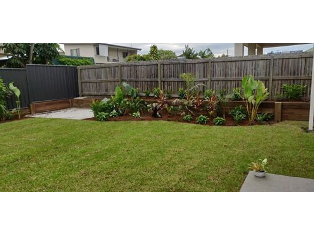 Full Home Landscaping on April 10 in Mitchelton - Rogers Little Loaders. - 4
