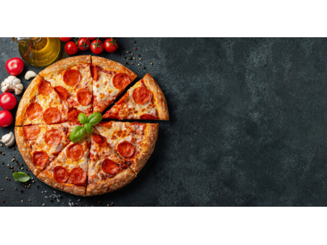 Get 5% off  Pizza Palace,Use Code OZ05 - 5