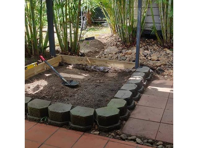 Little Home Vegi Garden Project on April 13 - Rogers Little Loaders. - 3