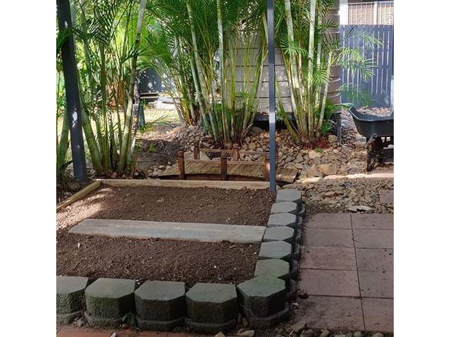 Little Home Vegi Garden Project on April 13 - Rogers Little Loaders. - 4