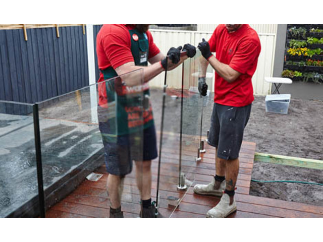 Aiming to hire the best glass fencing suppliers? Rely on us! - 1