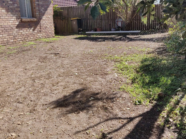 Give your yard a fresh start at life at Coopers Plains., Queensland. - Rogers Little Loaders. - 1