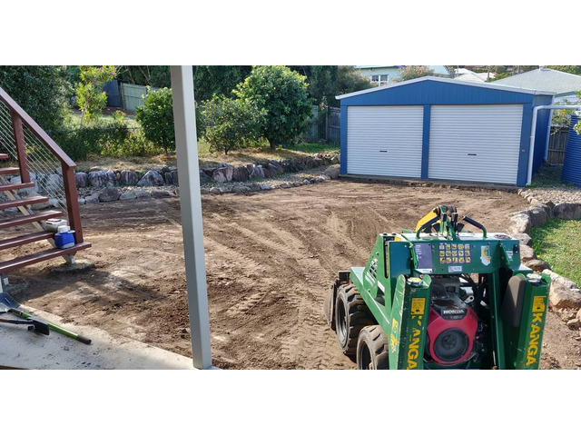 Buffalo Palmetto re-turf on 2 July 2020 at Everton Park.- Rogers Little Loaders. - 3