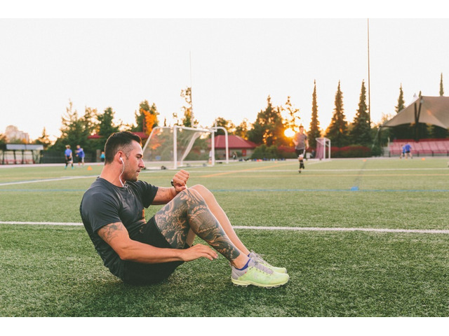 fitness and training watch - 1