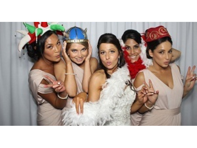 Melbourne Photo Booth Hire Near Me - 1